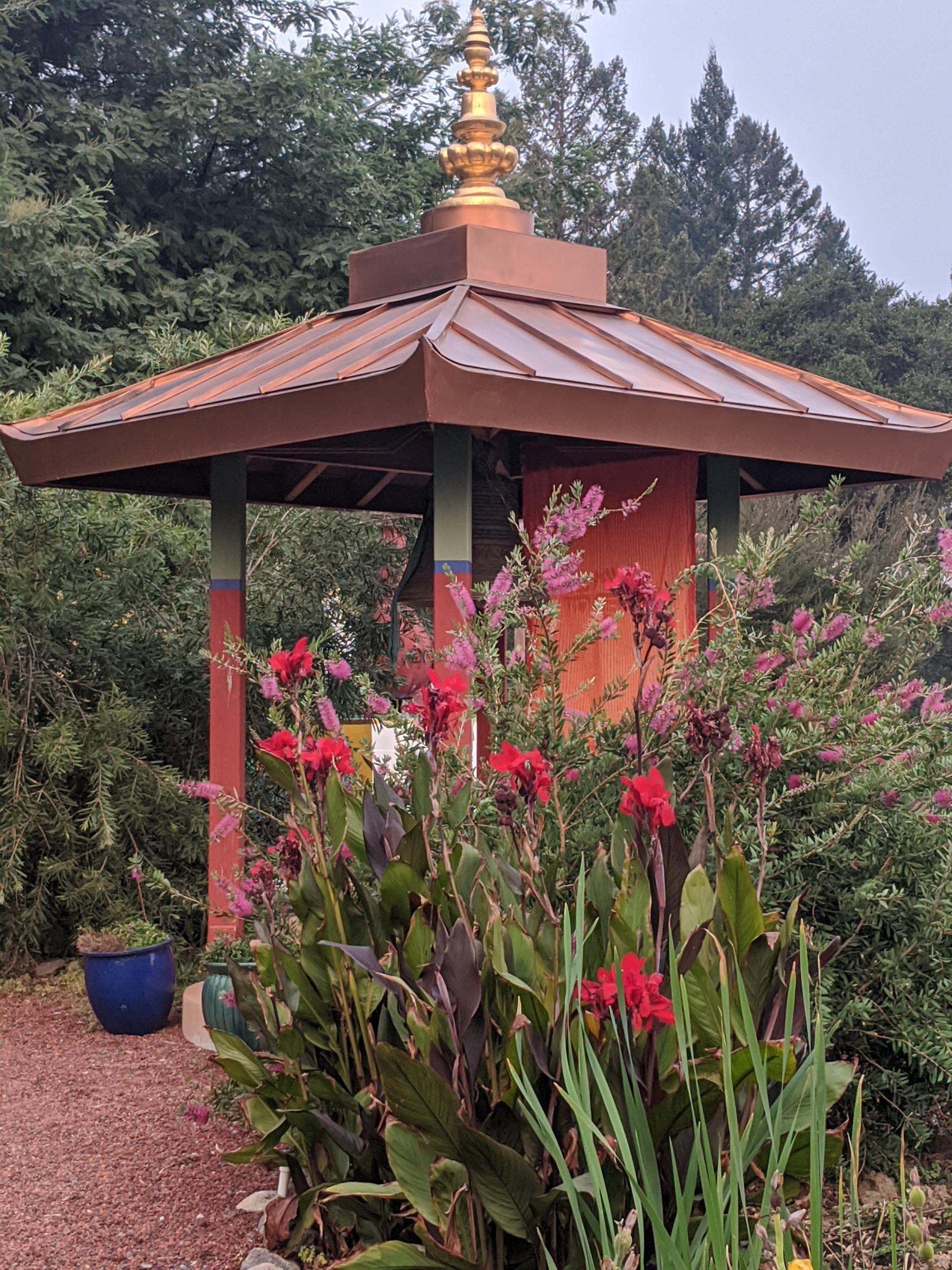 Ratna Ling Bell Garden